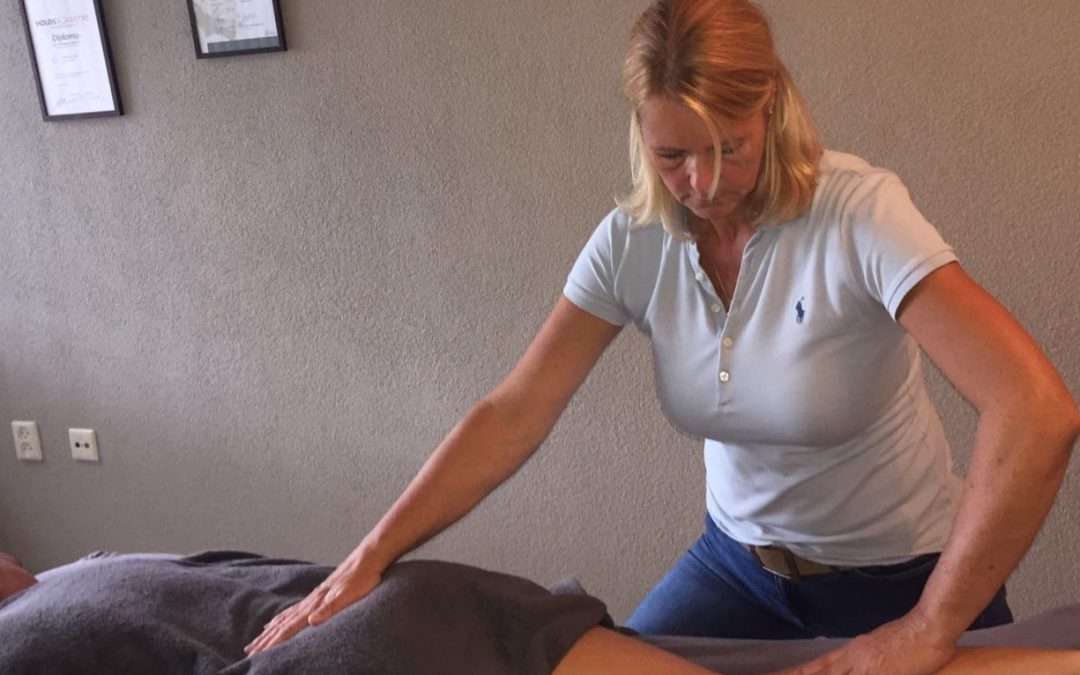 """Massage ervaringsverhaal: """"Slecht slapen, veel hoofdpijn, en last van mijn nek en schouders."""""""